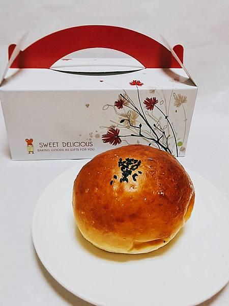 日式紅豆麵包25元.jpg