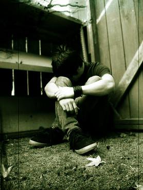 cry-boy-solitude-alone2b.jpg