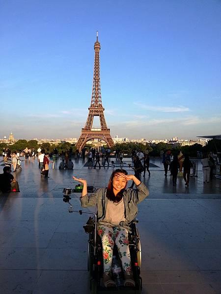 坐著輪椅一樣可以出國走透透。