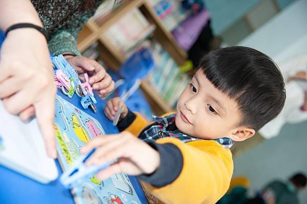 7圖說:及時接受早療,對兒童受益良多。