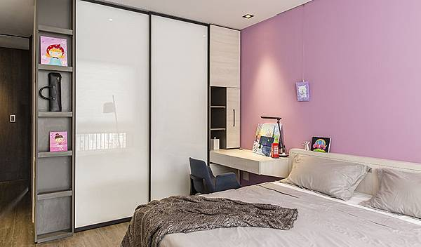edHOUSE 機能櫥櫃 輕裝修 系統櫃 系統板材 系統家具 隱藏式延牆系統設計 權釋設計 臥房 收納櫃 活動層板 輕裝修設計 系統櫃設計 室內設計