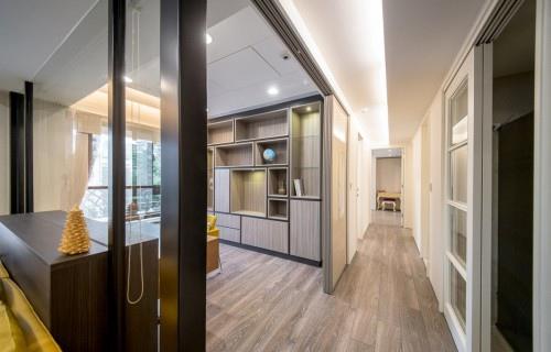 edHOUSE 機能櫥櫃 輕裝修 輕裝修設計 系統櫃 系統板材 裝潢設計 系統家具 客製化 收納 高CP  室內設計 書房 客廳