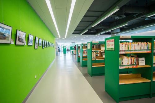 edHOUSE 機能櫥櫃 輕裝修 輕裝修設計 系統櫃 系統板材 裝潢設計 系統家具 客製化 收納 台中國立公共資訊圖書館 科技化 建築設計 科技化 智慧設計 書櫃 書櫃設計  數位化  建築美學 室內設計