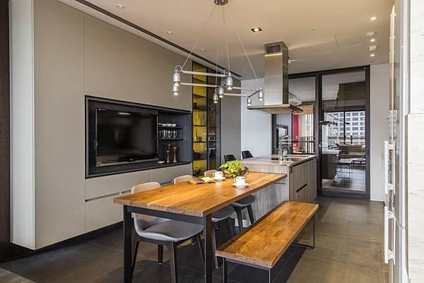 edHOUSE 機能櫥櫃 輕裝修 系統櫃 系統板材 裝潢設計 系統家具 客製化 餐廚房 餐具櫃 餐桌 收納 輕裝修設計