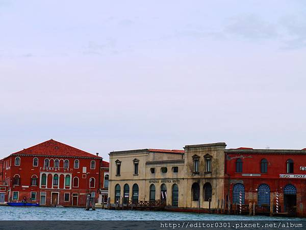 威尼斯航向玻璃工廠.JPG