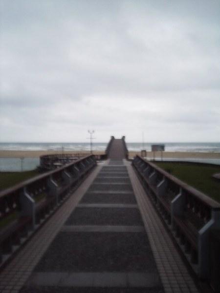 前方是彩虹橋