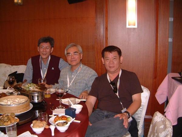2008122011[1].JPG