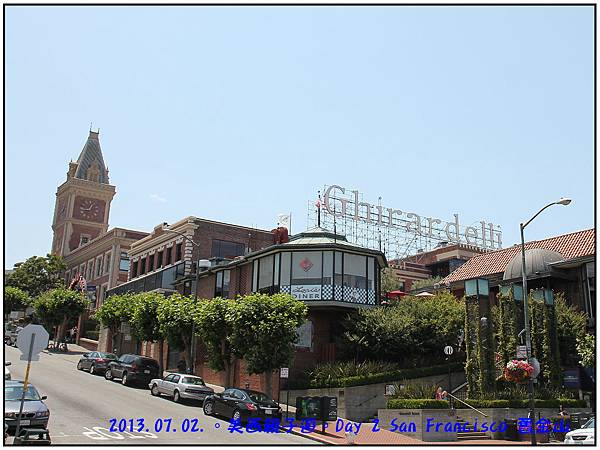 Day 02-Ghirardelli Square-02.jpg