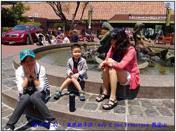 Day 02-Ghirardelli Square-21.jpg