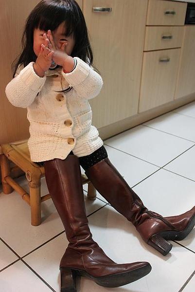 0214EE要穿大靴子.JPG