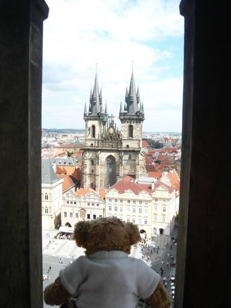 熊看Praha