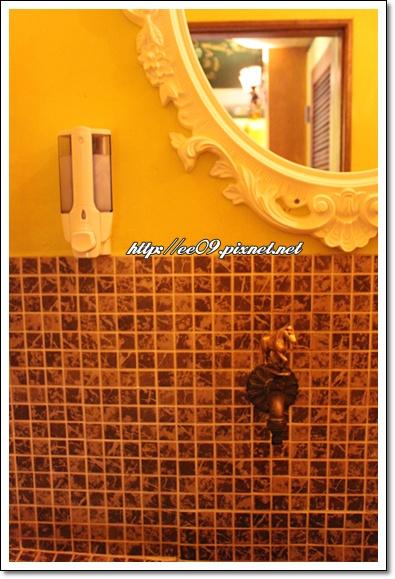 洗手間水龍頭.jpg