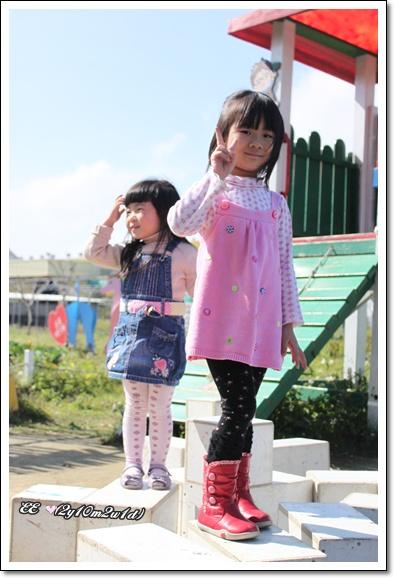 兩小女生.jpg