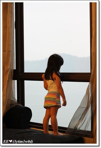 EE看窗外(靜)