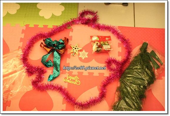 準備DIY耶誕樹的材料