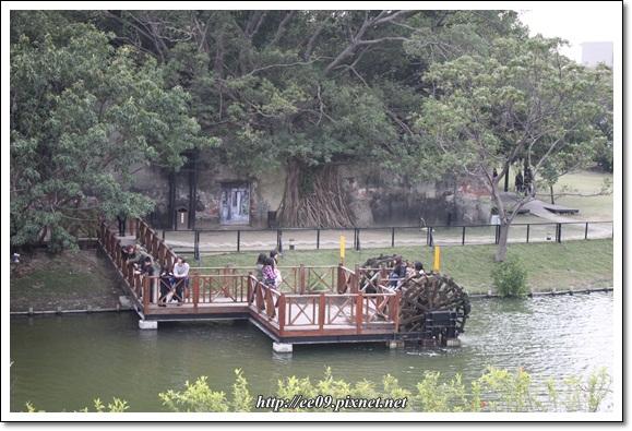水車與樹屋