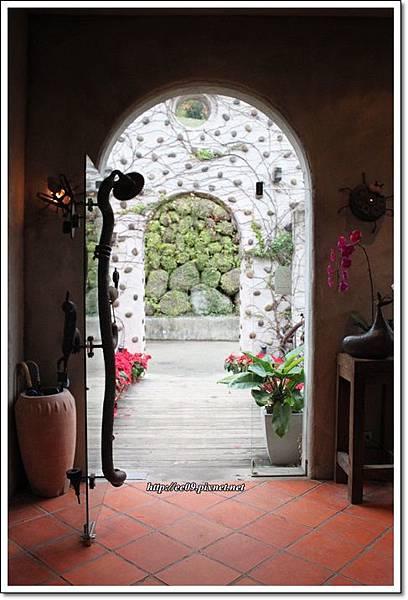 天堂古堡餐廳門口