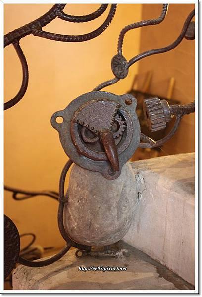 貓頭鷹造型鐵管