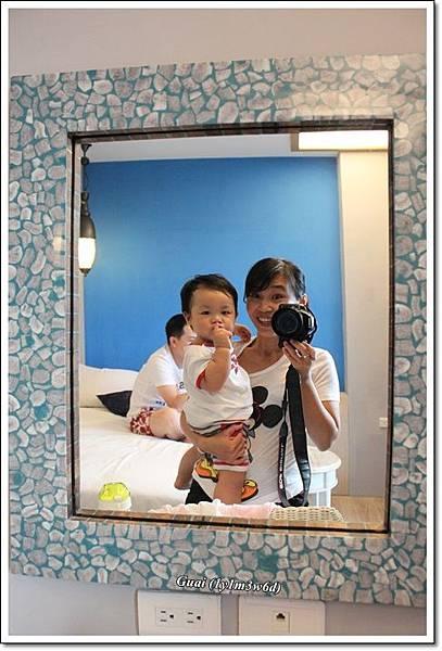洗澡完鏡中拍.JPG