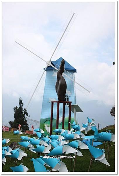 藍風車.JPG