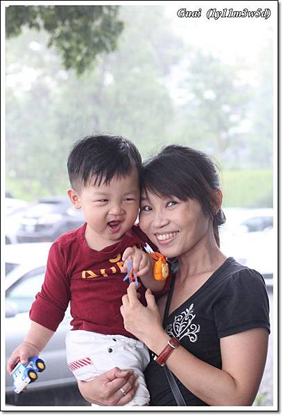 母子笑開心.JPG