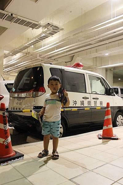 0728機場警車.JPG