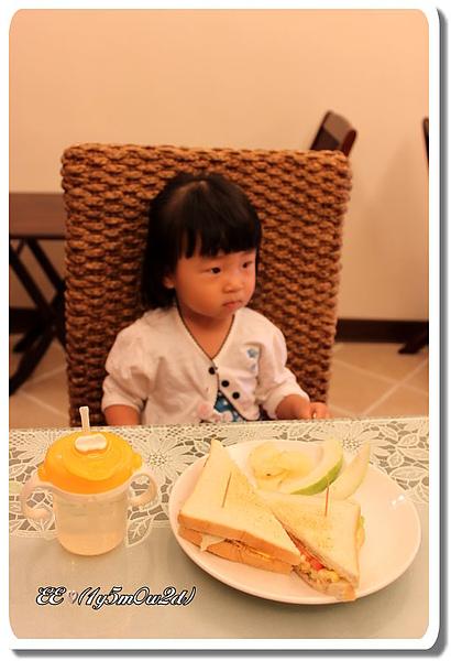 民宿的早餐.jpg