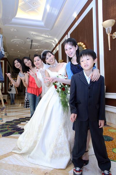 中僑Con 姨及表姐妹