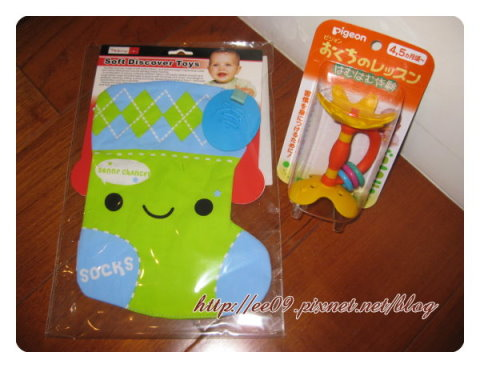 沙沙玩具+小花固齒器.jpg