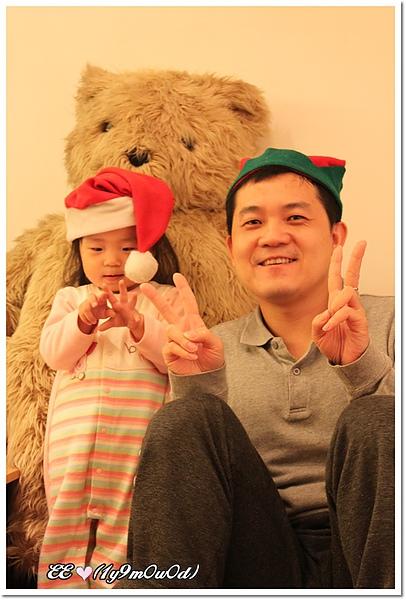 把拔與 ee耶誕帽.jpg
