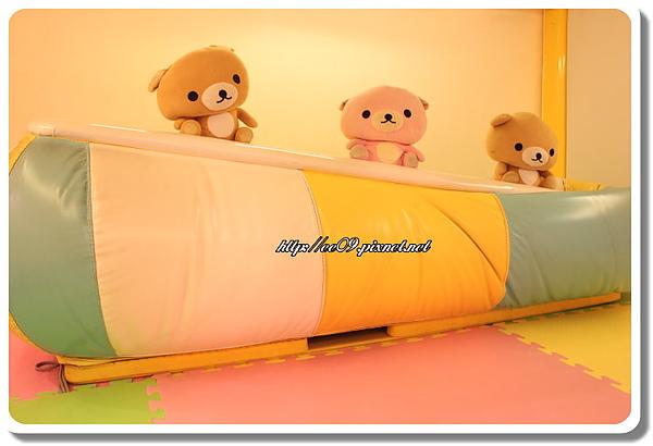三熊蹺蹺板.jpg