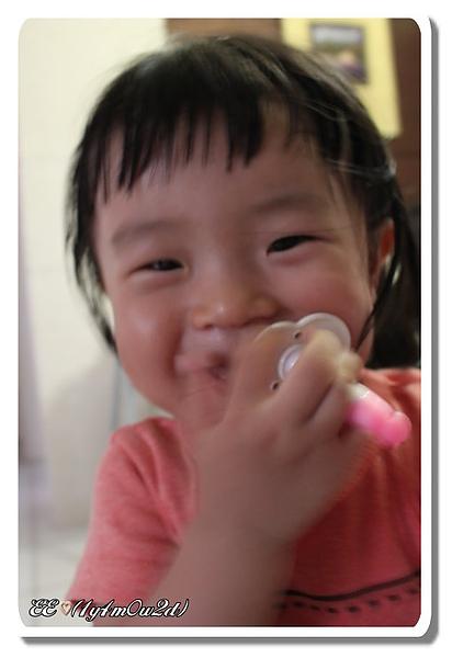 調皮刷牙-2.jpg