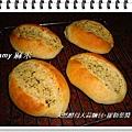 天然酵母大蒜麵包-羅勒葉醬04