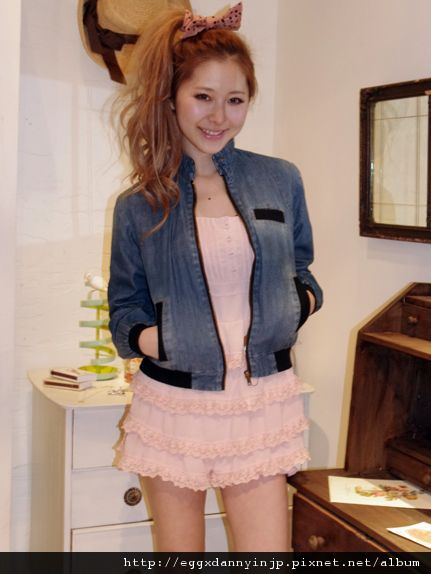 2012春裝~ViVi3月號沙羅マリー着用~dazzlin立領拉鍊外套(日本大阪在地代買、代購、代標-Egg X Danny in jp)