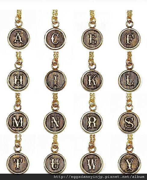 日本英文字母項鍊