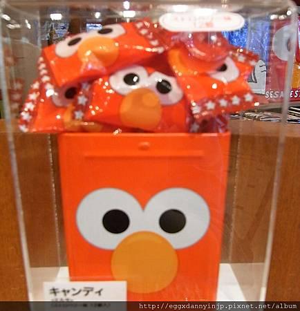 elmo糖果盒390元