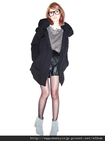 EMODA 10月預約商品 受不了毫無變化的羽絨外套了嗎?EMOD推出特殊剪裁羽絨外套!! 1