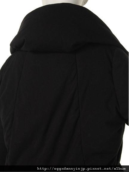 EMODA 10月預約商品 受不了毫無變化的羽絨外套了嗎?EMOD推出特殊剪裁羽絨外套!! 9