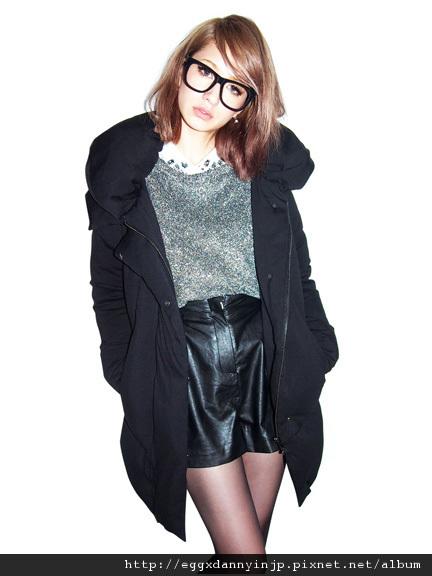 EMODA 10月預約商品 受不了毫無變化的羽絨外套了嗎?EMOD推出特殊剪裁羽絨外套!! 11
