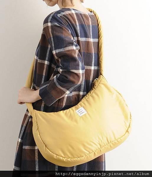 日本Port maritime 舒服抱枕樣 肩背2用包(芥末黃 紫 摩卡 3色) 1