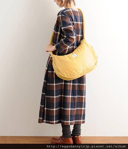 日本Port maritime 舒服抱枕樣 肩背2用包(芥末黃 紫 摩卡 3色) 2