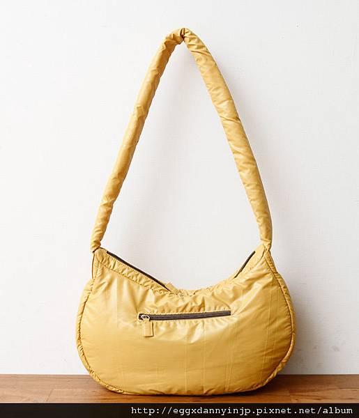 日本Port maritime 舒服抱枕樣 肩背2用包(芥末黃 紫 摩卡 3色) 5