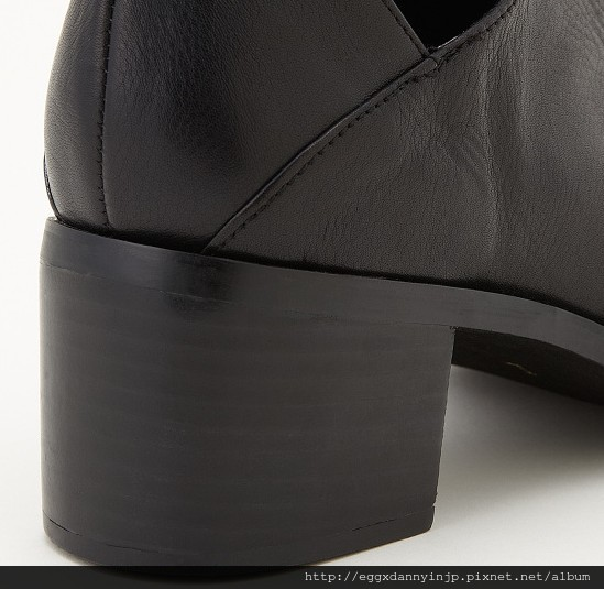 2013 moussy 個性牛皮粗跟低跟扣靴 4  nt.7640含國內外運