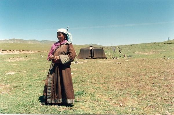 16 西藏牧羊女b.jpg