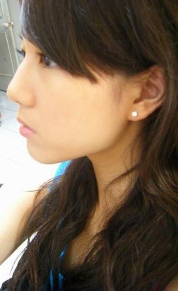 1676930287-穿耳洞了:).jpg