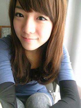 1676669556-上海天氣好乾髮尾毛毛.jpg