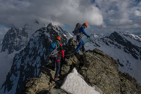 RS11131_13_Mountaineering_Shooting_Lionel_Daudet_穢Pascal_Tournaire.jpg
