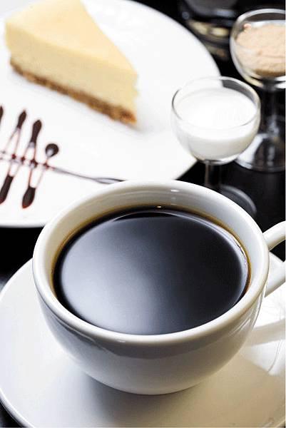 湛盧咖啡館.jpg