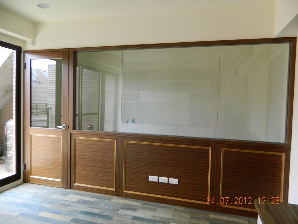 玻璃造型隔間牆