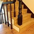 樓梯舖木地板